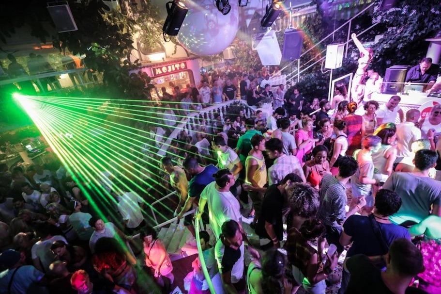 Es Paradis Ibiza table prices