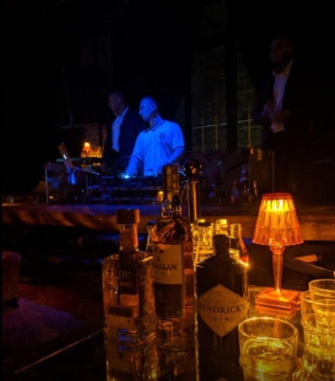 Сикрет рум клуб москва официальный работа ночной клуб повар